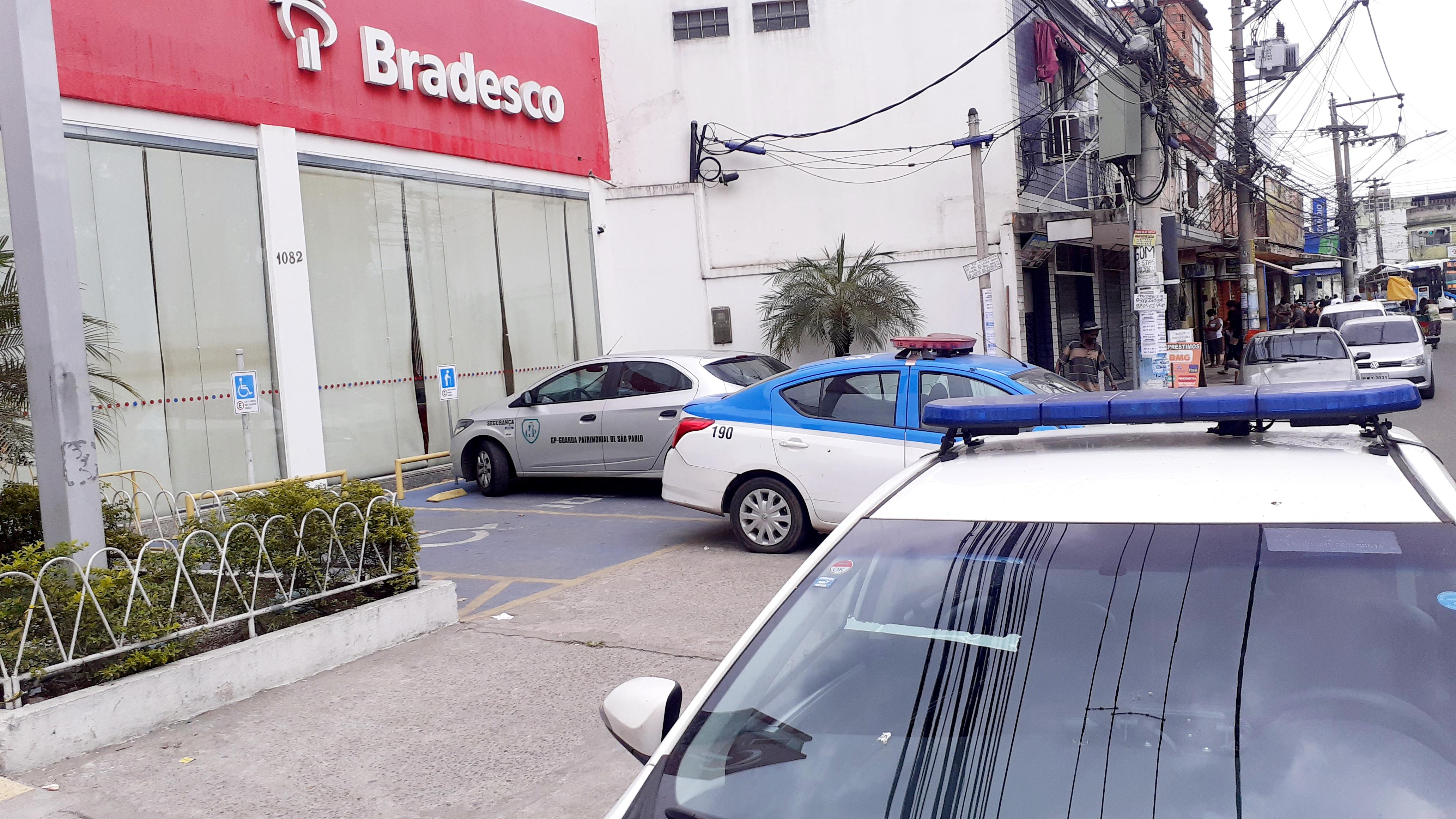 Criminosos arrombam agência bancaria em São Gonçalo