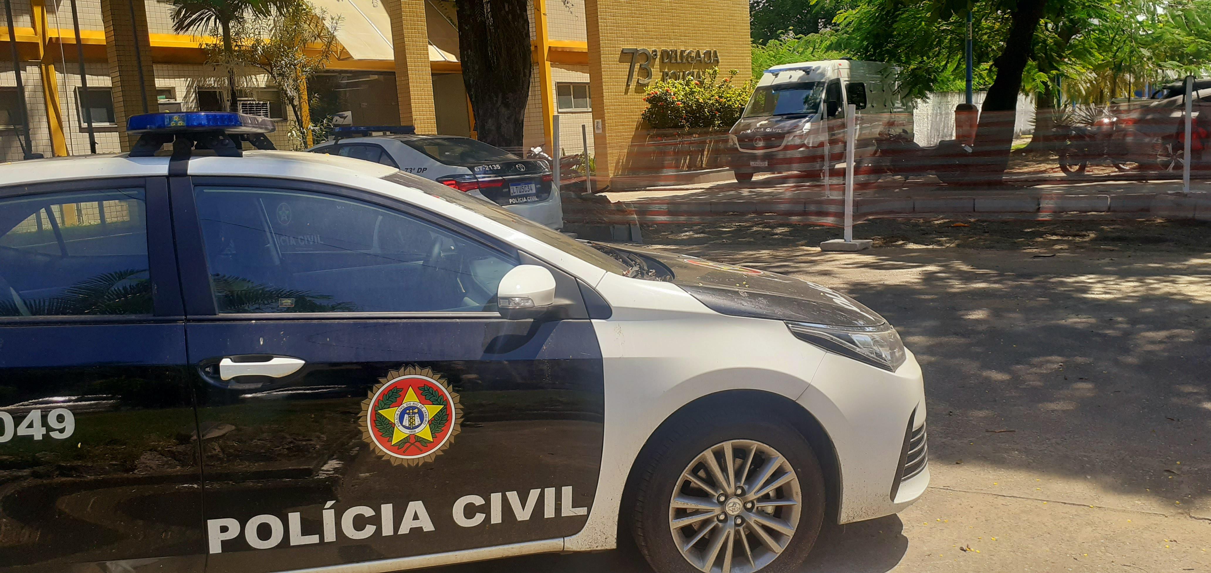 Polícia estoura depósito clandestino de mercadorias roubadas em comunidade de São Gonçalo